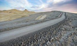 Het landschap van de moddervulkaan Stock Fotografie