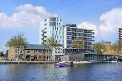 Het landschap van de Piushaven, een enorm gebied naast het stadscentrum van Tilburg, Nederland Stock Afbeeldingen