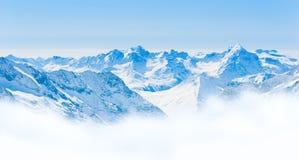 Het Landschap van de sneeuwbergketen met Blauwe Hemel van Jungfrau-Gebied Royalty-vrije Stock Fotografie