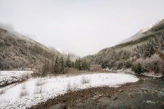 Het Landschap van de Winter van de Rivier van Coquihalla Stock Afbeelding