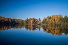Het landschap van het de herfstmeer Stock Foto