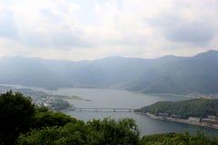 Het Landschap van het Kawaguchikomeer vanaf bovenkant van Onderstel Tenjo Royalty-vrije Stock Fotografie