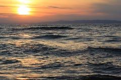 Het landschap van het water op het meer stock foto