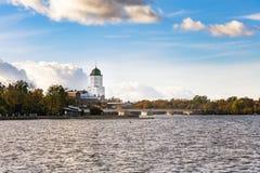 Het landschap van het kasteel in Vyborg in de herfst stock fotografie