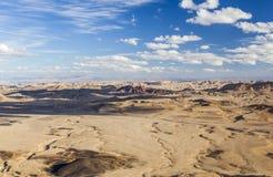 Het landschap van Makhteshramon De Woestijn van Negev israël Stock Afbeelding