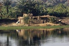 Het landschap van Nijl van de rivier tussen Aswan en Luxor Stock Foto's