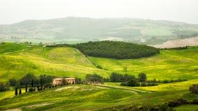 Het landschap van Toscanië - van Italië in de lente Stock Foto's