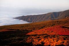 Het landschap van Volcano Teide en van de lava in het Nationale Park van Teide, Rotsachtig vulkanisch landschap van de caldera va Royalty-vrije Stock Fotografie