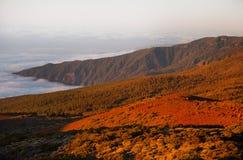 Het landschap van Volcano Teide en van de lava in het Nationale Park van Teide, Rotsachtig vulkanisch landschap van de caldera va Royalty-vrije Stock Afbeeldingen