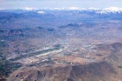 Het landschapsmening van Kaboel en van de Luchthaven, Afghanistan stock afbeeldingen
