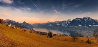 Het Landschapspanorama van Zwitserland stock foto