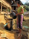 Het Lao traditionele moonshining Stock Foto's