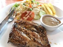 Het lapje vlees van de kip met groenten Royalty-vrije Stock Afbeelding