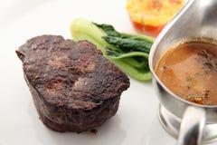 Het lapje vlees van het haasbiefstuk Stock Afbeeldingen