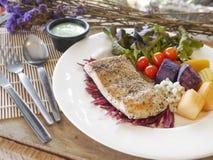 Het lapje vlees van overzeese baarzenvissen Stock Foto's