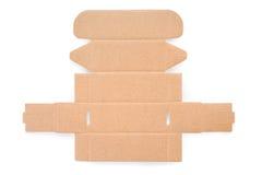 Het lege knipsel van de kartondoos op wit met het knippen van weg Stock Afbeelding