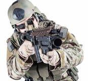 Het Legerboswachter van Verenigde Staten met granaatlanceerinrichting stock fotografie