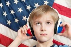 Het leren Amerikaans-Engelse taal - (jongen) Stock Afbeelding