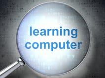 Het leren concept: Het leren Computer met optisch glas Royalty-vrije Stock Foto