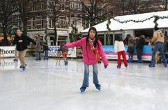 Het leren hoe te schaatsen Stock Fotografie