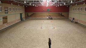 het leren paardrijdencursus, timelapse stock video
