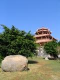 Het letten op van de pagode rotsen & bomen Stock Afbeelding