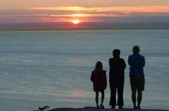 Het letten van de op zonsondergang Stock Fotografie
