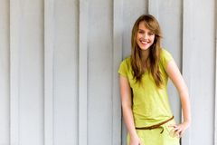 Het leuke Glimlachen van het Meisje Stock Afbeeldingen