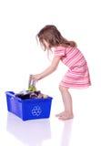Jong meisje recycling Stock Foto's