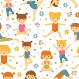 Het leuke naadloze patroon van yogajonge geitjes royalty-vrije illustratie