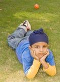 Het leuke sikh jongen stellen Royalty-vrije Stock Afbeelding