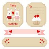 Het leuke valentijnskaartenhuwelijk plaatste - etiketten, linten, emblemen, andere elementen, illustratie Stock Fotografie