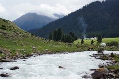 Het leven in de bergen van Kyrgyzstan stock foto