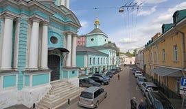 Het leven die Drievuldigheidskerk in Taganka, Moskou geven Stock Foto's