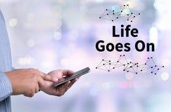 Het leven gaat, gaat het Leven, het Goede Positieve Goede Leven Stock Afbeeldingen