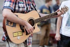 Het leven met een gitaar. Stock Afbeeldingen