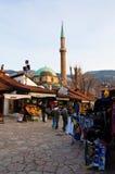 Het leven op de straat van oud district van Sarajevo, bosnia Royalty-vrije Stock Foto