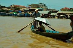 Het leven in Tonle-Sapmeer stock fotografie