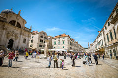 Het leven van de Dubrovnikstraat, Kroatië Stock Afbeeldingen