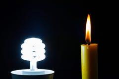 Het licht en de kaars zijn de macht generatiemacht Stock Foto's