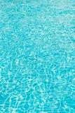 Het licht raakt de oppervlakte van de pool De afmeting van de oppervlakte royalty-vrije stock afbeeldingen