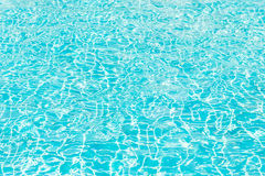 Het licht raakt de oppervlakte van de pool De afmeting van de oppervlakte stock fotografie