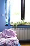 Het licht van de ochtend in slaapkamer stock fotografie