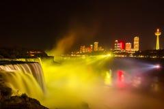 Het licht van Niagaradalingen toont bij nacht, de V.S. Royalty-vrije Stock Afbeelding