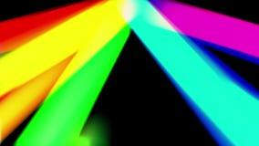 Het lichte lek die van de regenboogkleur zich in zwarte ruimte Nieuwe dynamische geanimeerde kleurrijke blije de dansmuziek van d stock videobeelden