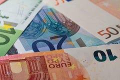 Het liggen bankbiljetten Royalty-vrije Stock Foto's