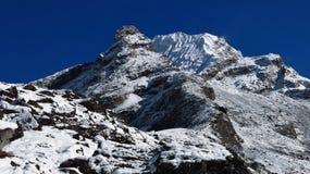 Het Lobucheoosten, die piek in Nepal beklimmen royalty-vrije stock afbeelding