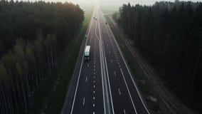 Het logistiekbedrijf levert de goederen Portlevering stock video