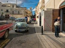 Het lopen door de straten van de stad van Mdina Rabat De schoonheid van de Maltese archipel royalty-vrije stock foto