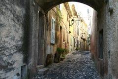 Het lopen door middeleeuwse straten Royalty-vrije Stock Afbeelding